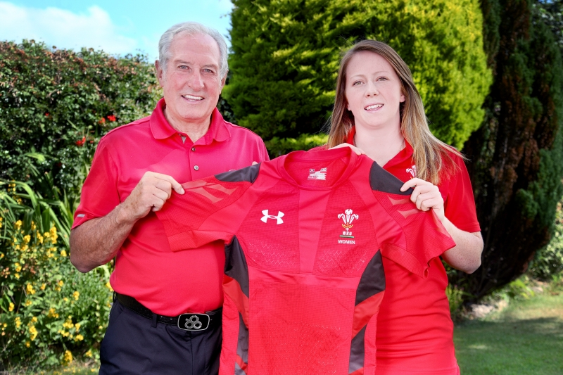 Gareth Edwards CBE and Jenny Hawkins