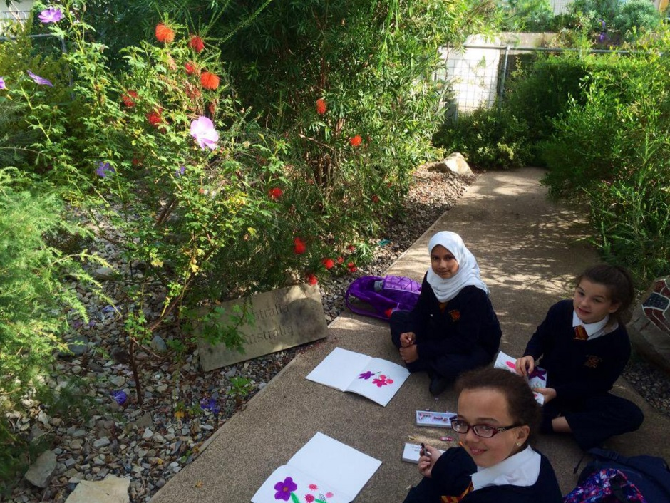 Getting creative in the Great Glasshouse - Art in the Garden