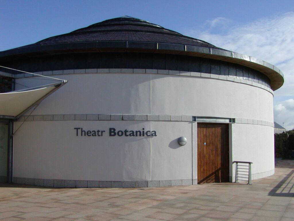 Theatr Botanica
