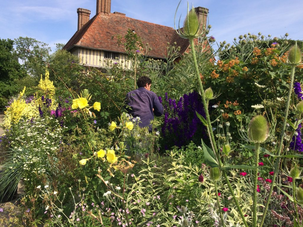 Life As An Apprentice A Week At Great Dixter East Sussex